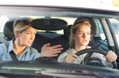 Tips dan Trik Belajar Mengemudi Mobil Untuk Pemula