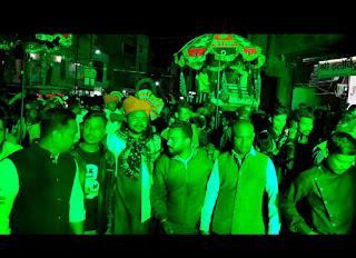 शिव साईं सेवा समिति द्वारा भव्य शोभा रैली निकालकर नगर में साईं नाम की बजाई धुन
