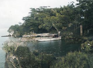 kapal di pulau tao