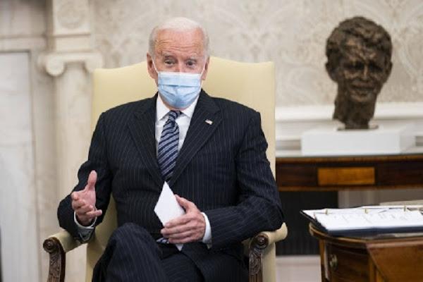 """Biden impose à la police aux frontières et de l'immigration de ne plus utiliser les mots """"étrangers clandestins"""" et """"assimilation"""""""