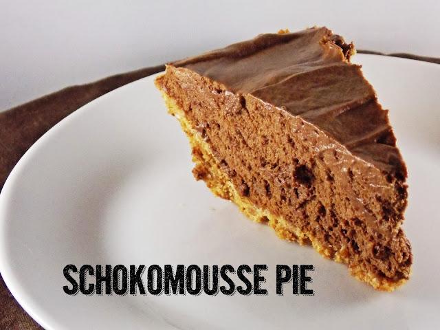 Ein Stück Pie mit schokoladiger Mousse