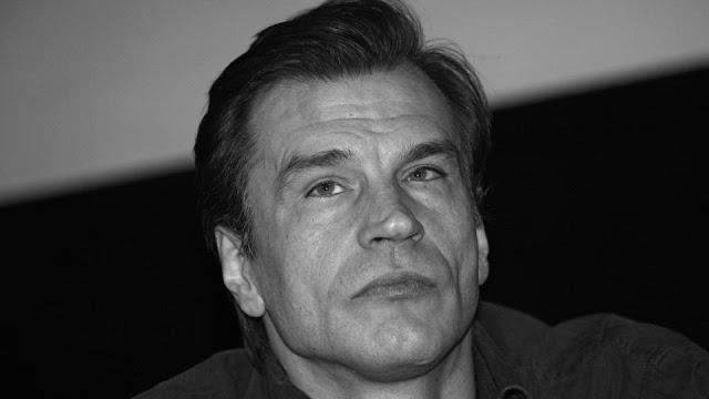 Скончался актер Денис Карасев