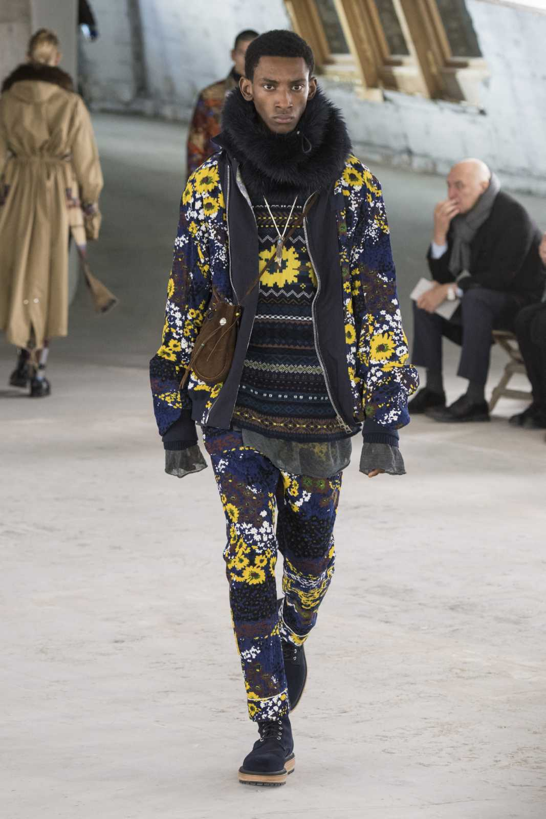41032db90cc6 Sacai Fall-Winter 2018-2019 | Paris Fashion Week - Male Fashion Trends