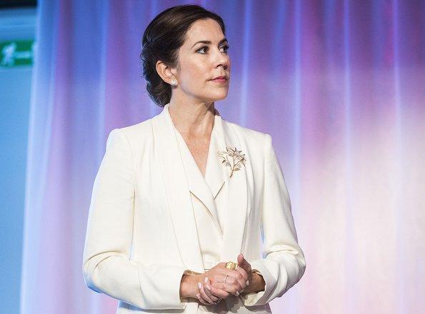 Crown Princess Mary of Denmark and Prince Daniel of Sweden visited the AB Sverige Design Lounge (Designlounge) in Stockholm