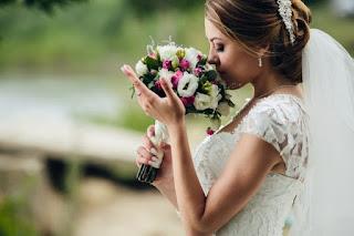 Evlilik tebrik mesajları islami, Komik evlilik tebrik mesajları, Evlilik yıldönümü sözleri arkadaşa, Resimli evlilik kutlama mesajları, Evlilik yıldönümü sözleri eşime, En güzel tebrik sözlerini kullanabilirsiniz