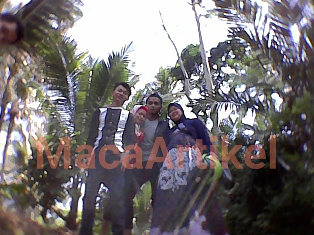 Foto keluarga di desa prigi kecamatan karangmoncol