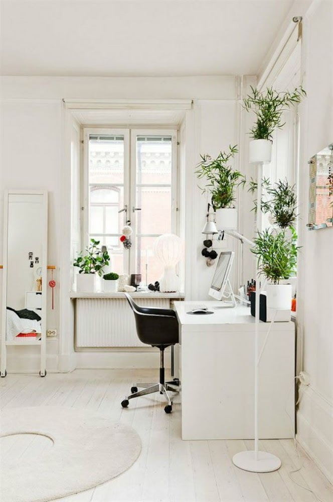 black-with-wheels-and-height-adjustment-computer-desk-chairs-for-home
