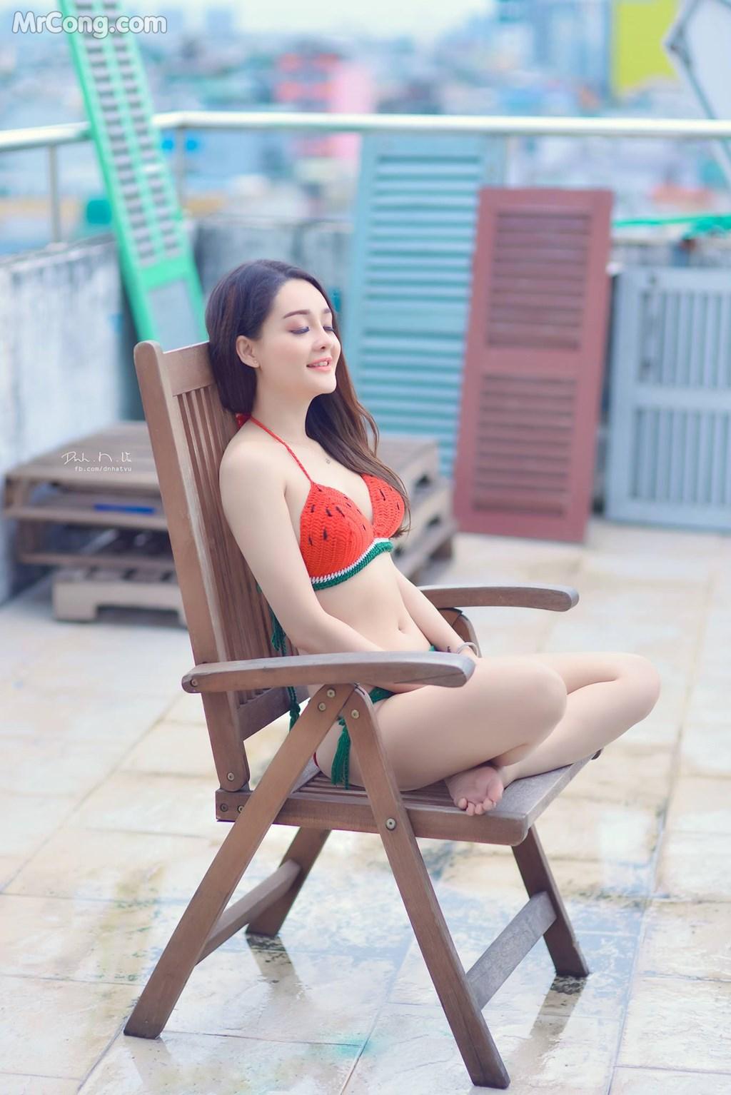 Image Girl-xinh-mac-bikini-dua-hau-MrCong.com-003 in post Mê mẩn với nhan sắc xinh đẹp của cô nàng tạo dáng với bikini hình dưa hấu (8 ảnh)