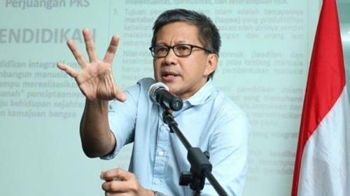 Rocky Gerung: Aparat KPK Diganti Supaya Gak Lagi Nangkepin Kader PDIP