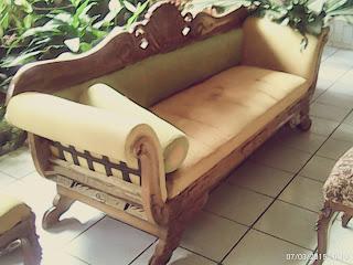 service sofa di bandung
