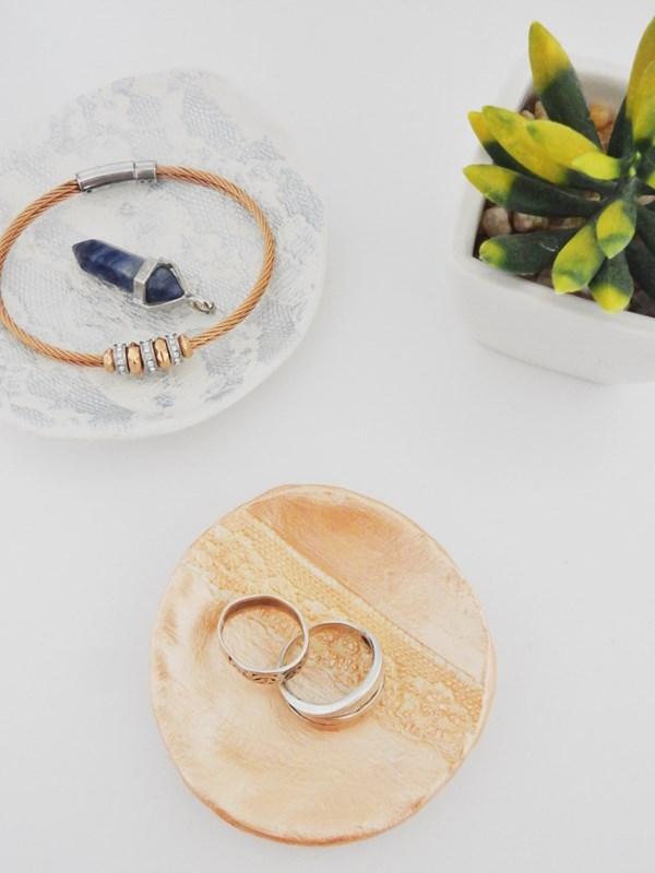 DIY : Coupelle dentelle à bijoux