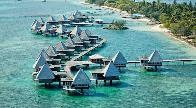 A New Hilton's Overwater Bungalow Resort: DoubleTree by Hilton Noumea Ilot Maitre Resort in New Caledonia