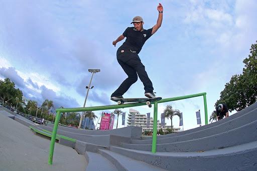 Kelvin Hoefler é a maior esperança de medalha brasileira no skate street masculino em Tóquio