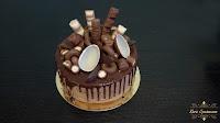 http://koracynamonu.blogspot.com/2018/04/tort-kinder-drip-cake.html