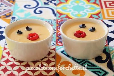 foto Ricetta crema di pesche e yogurt greco per bambini