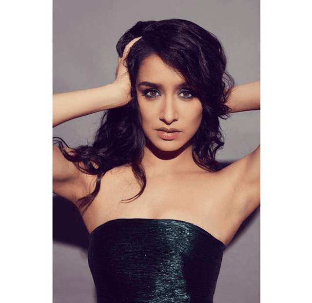 Shraddha Kapoor Biography, Wiki, Age, Height, Weight, Family, Mother, Education, Boyfriend, Affairs, Husband, Movies, Social Media