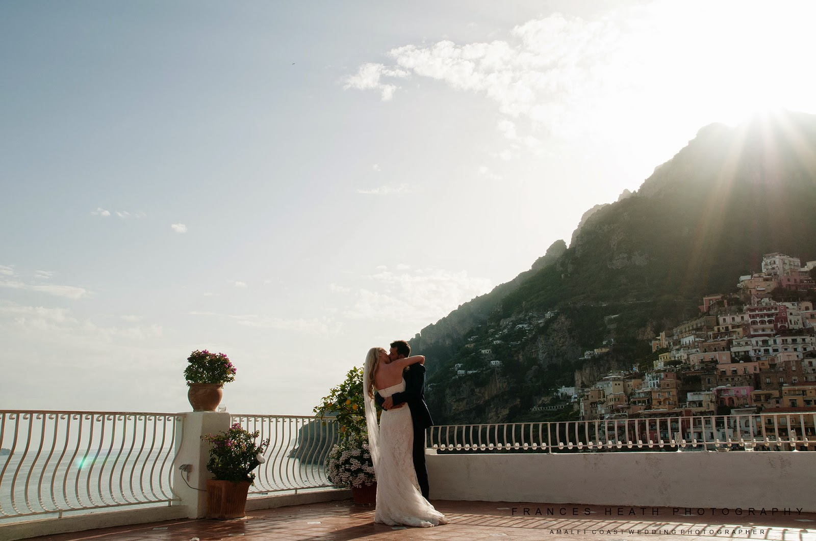 Romantic first dance at Hotel Marincanto in Positano