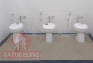 Cubicle Toilet di PT. Karyadibya Mahardika Pabrik Rokok Apache