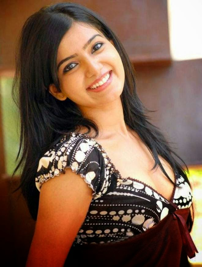 Latest Unseen Hot Cleavage Photos Of Samantha Ruth Prabhu