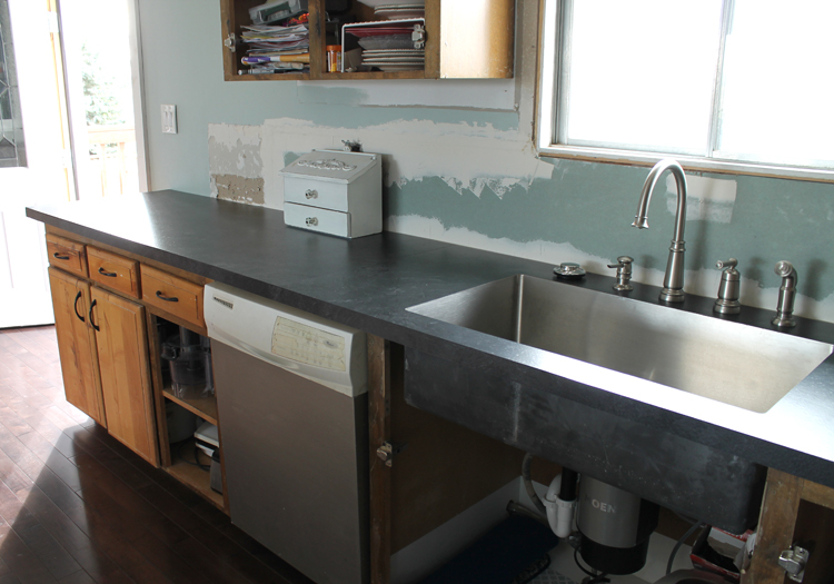 Check Out Our New Countertops! I Am So Pleased I Could  Squeeeeeeaaaaaallllll!!