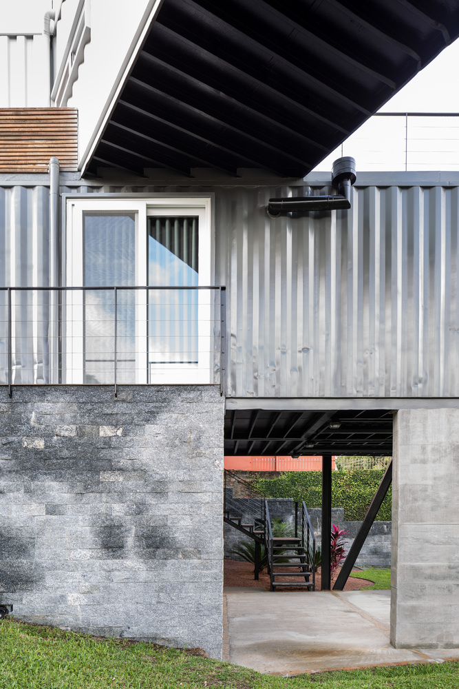Casa Conteiner RD - 350 sqm Two Story Shipping Container Home, Brazil 4