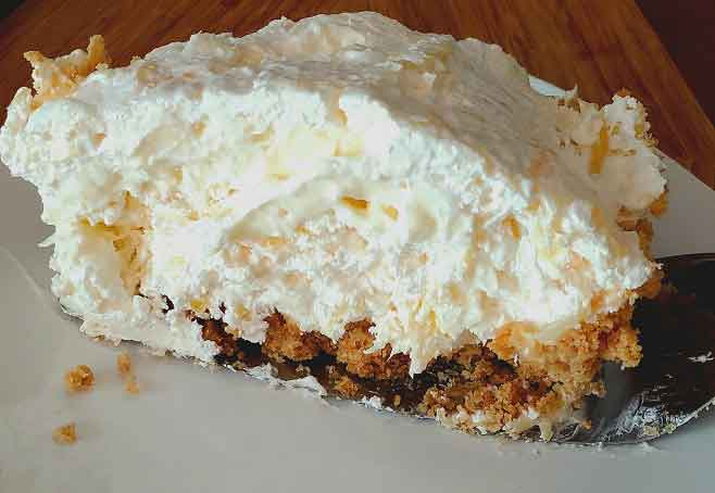 this is an easy slice of fluffy creamy pineapple cheese pie