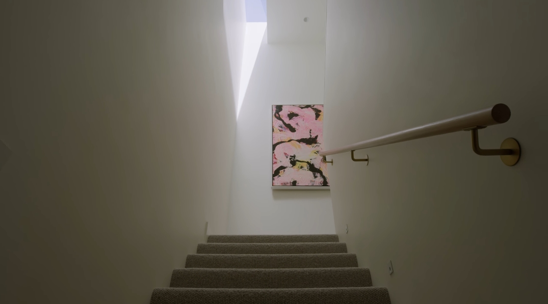 58 Photos vs. Brighton Modern Home By InForm & Architect Perkins Tour Interior Design