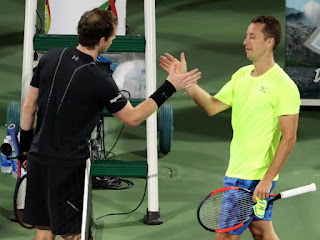 Andy Murray saves seven match points to reach Dubai semis
