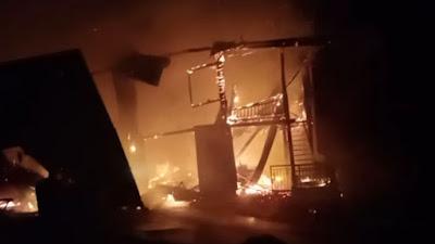 BREAKING NEWS: Kebakaran di Tellu Siattinge Hanguskan Rumah Warga