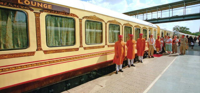 http://greenchiliholidays.com/luxury-train-tours.html