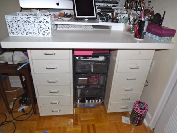 Batting Lash Vanity And Desk Combo