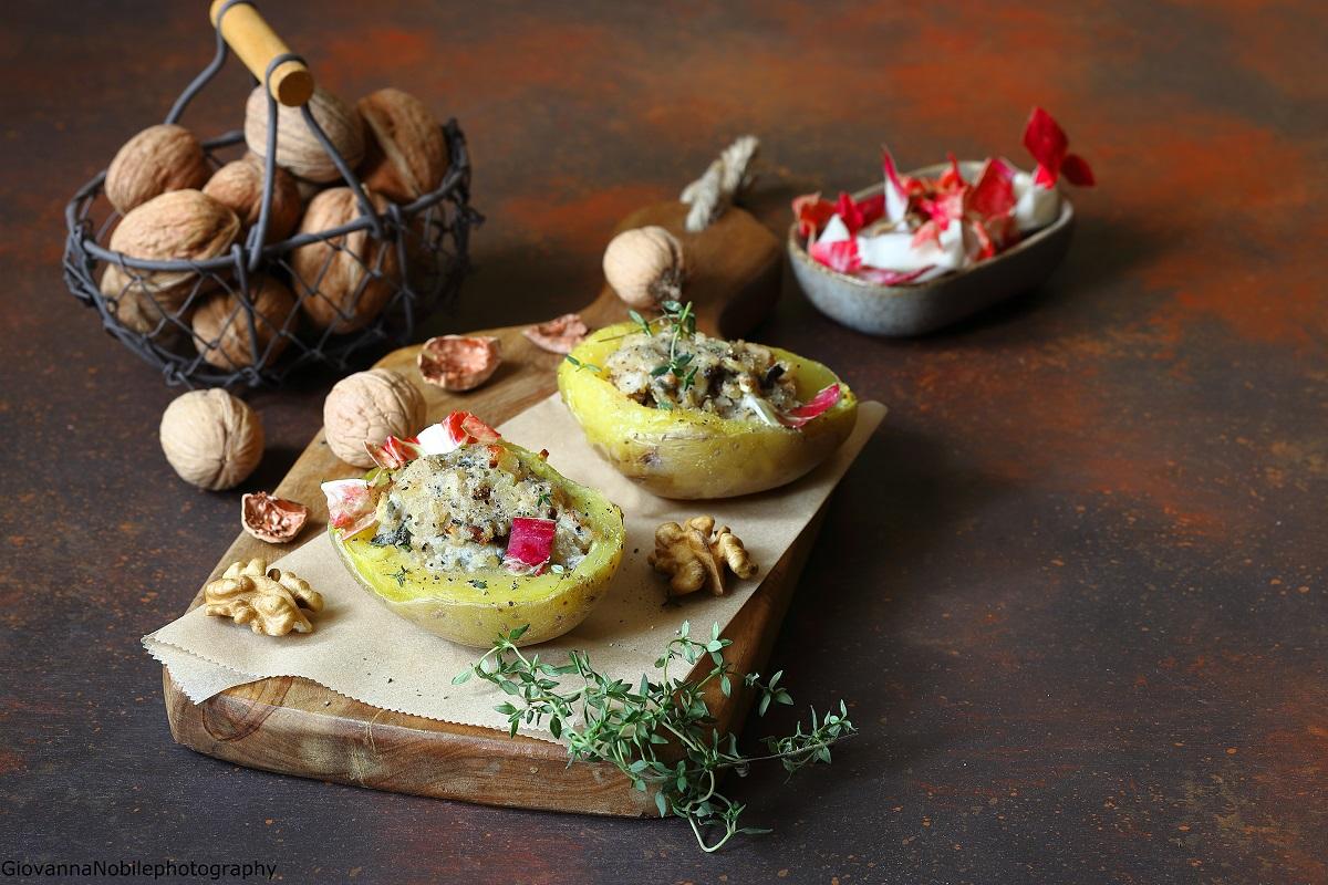 Patate farcite con gorgonzola, radicchio e noci