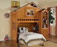 Camas con diseño de casas del árbol para niños