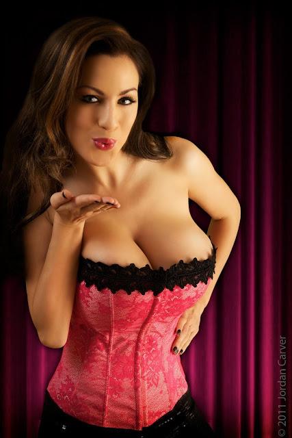 Jordan-Carver-Valentine-sexy-photo-shoot-HD-image-45