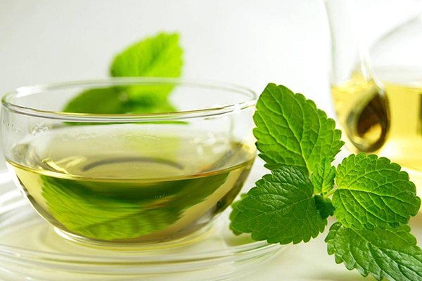 مشروبات طبيعية لتخسيس البطن