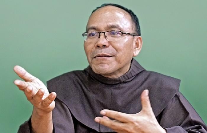 Kabar Duka, Pater Petrus C. Aman OFM Meninggal Dunia