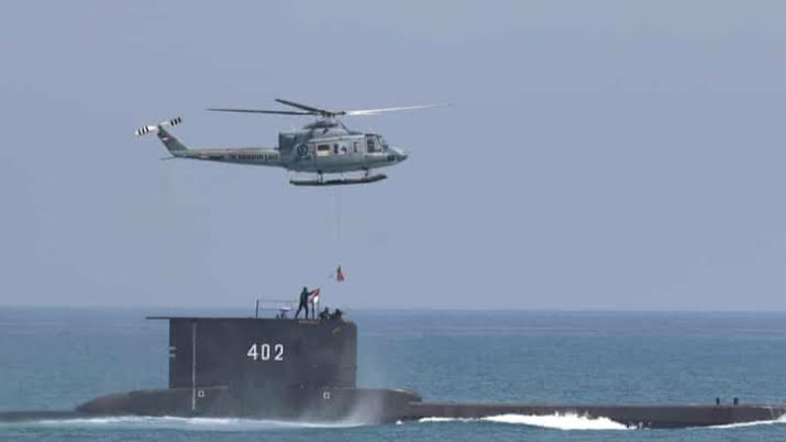 Submarine missing with 53 people in Indonesia