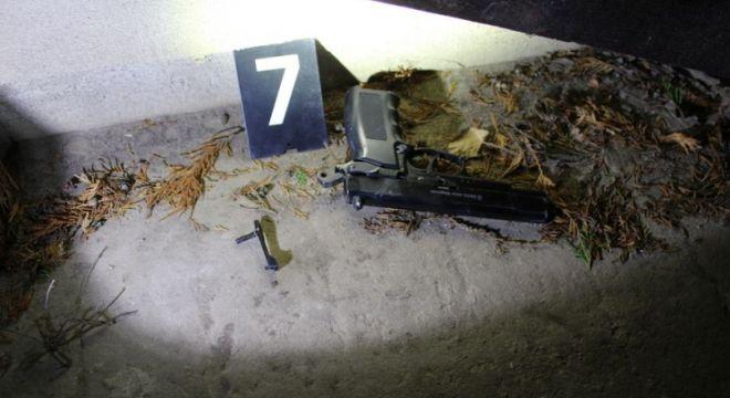 Lövések dördültek Esztergomban a nyílt utcán, egy machete is előkerült