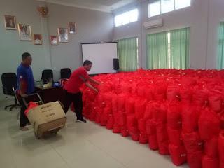 Kemensos RI Salurkan Ribu Paket Sembako Terdampak Covid-19