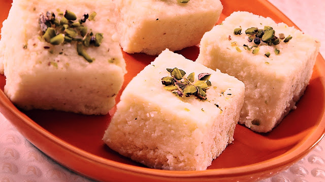 Delicious Kalakand Sweets and Recipes For This Diwali