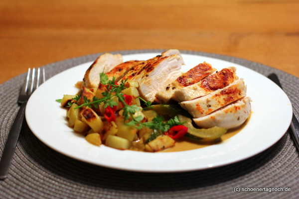 Hähnchen mit Gurkencurry und gebratenen Kartoffelwürfeln