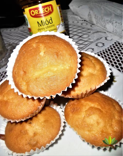 Muffinki z miodem
