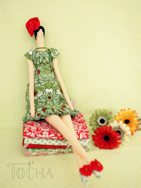 birds, contemporary doll-making, craft cotton, doll, fascinator, flower, hat, hearts, printed cotton, rag doll, tilda doll, folklor, petunia, lambada, tango, bolero,