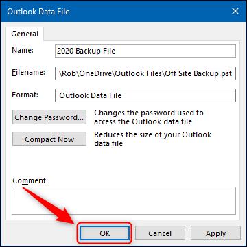 """الزر """"موافق"""" في لوحة Outlook Data File Advanced."""