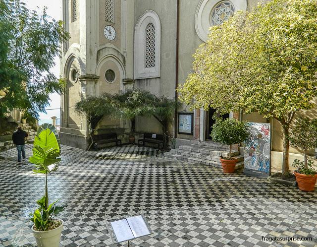 Praça da Catedral de Castelmola, Sicília