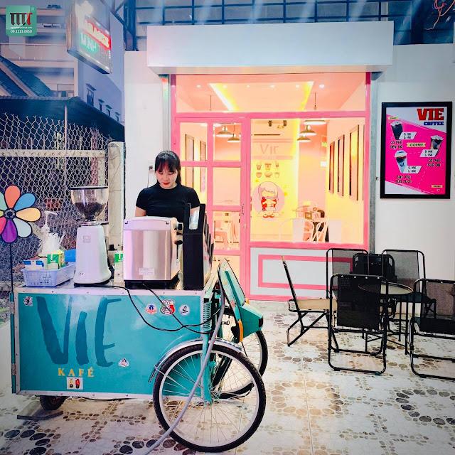 Thi công trang trí quán cafe, trà sữa rẻ đẹp