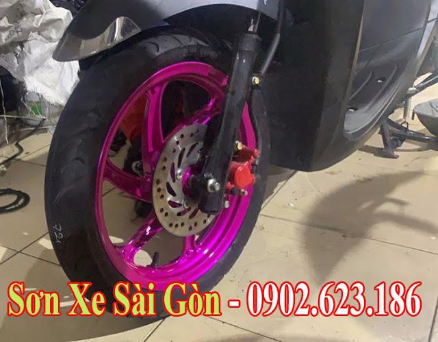 Sơn mâm xe máy Vario màu hồng candy cực đẹp tại TP.HCM