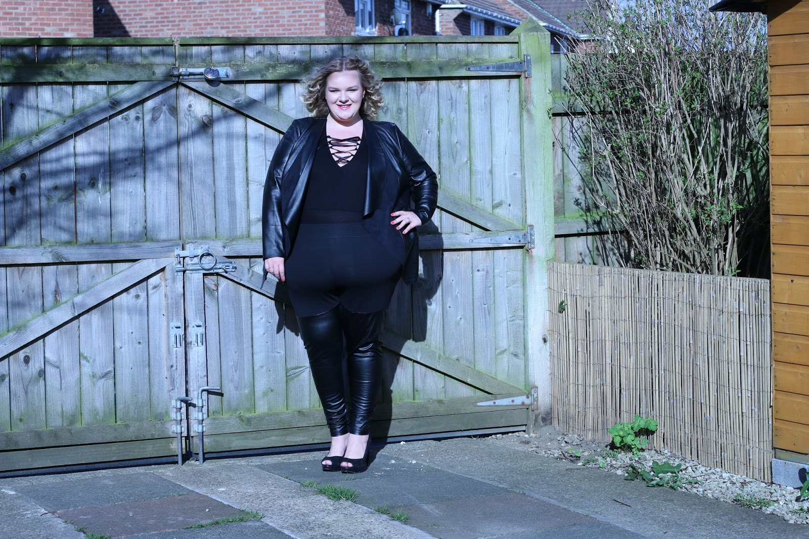 RIPlus Black Lace Up Bodysuit Review