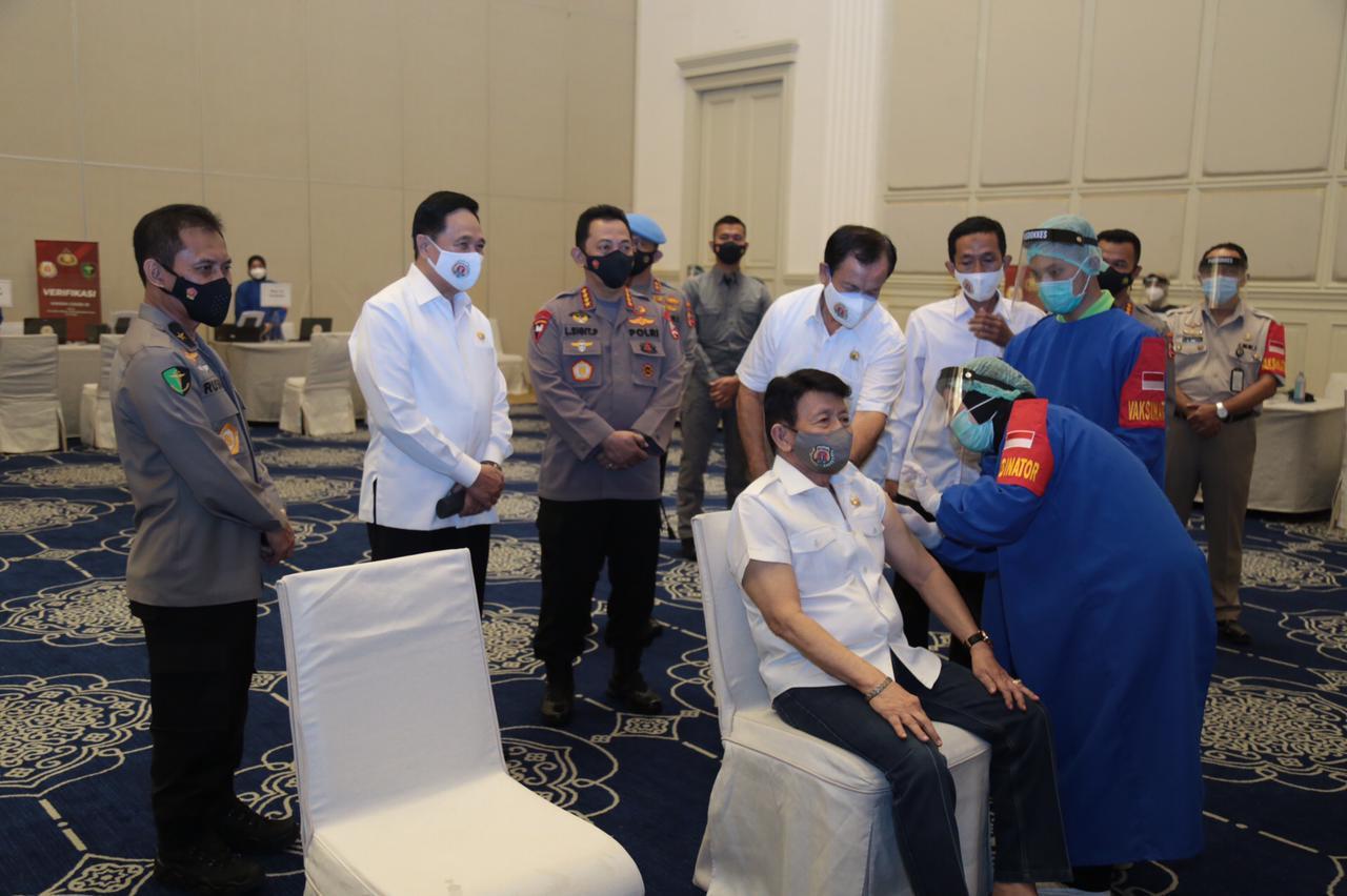 2.282 Purnawirawan Polri Mengikuti Vaksinasi Covid-19