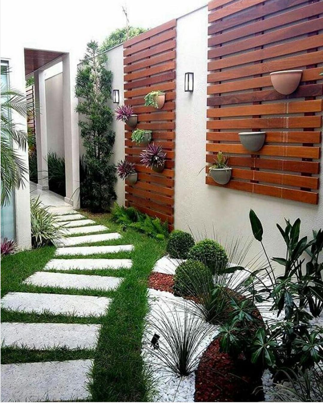 101 planos de casas paisajismo actual en espacios peque os for Jardines para espacios pequenos